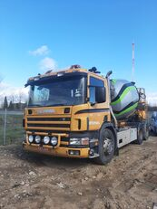 camion malaxeur Liebherr  sur châssis SCANIA P114