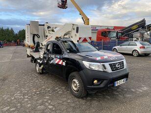camion nacelle NISSAN NP 300 NAVARA 2.3DCI 160 endommagé