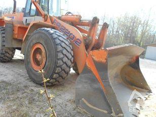 chargeuse sur pneus FIAT-HITACHI FR 220-2R
