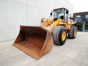 chargeuse sur pneus HYUNDAI HL 770-7A