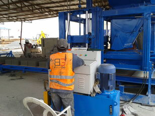 machine de fabrication de parpaing CONMACH BlockKing-25MS machine de fabrication de blocs - 10.000unités/8h neuve
